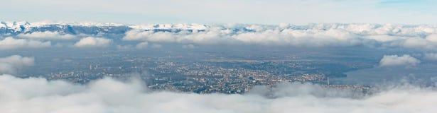 Εναέρια χειμερινή ομίχλη της Γενεύης Στοκ φωτογραφία με δικαίωμα ελεύθερης χρήσης