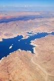 εναέρια όψη βουνών λιμνών Στοκ Φωτογραφία