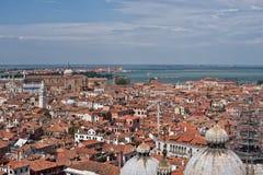 Εναέρια όψη σχετικά με τη εικονική παράσταση πόλης της Βενετίας Στοκ Φωτογραφίες