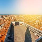 Εναέρια όψη της Βενετίας Πλατεία SAN Marco από τον πύργο Ιταλία Στοκ Εικόνα