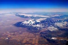 εναέρια όψη χιονιού βουνών Στοκ εικόνες με δικαίωμα ελεύθερης χρήσης