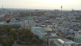 Εναέριες κρατικές όπερα και εικονική παράσταση πόλης της Βιέννης κηφήνων απόθεμα βίντεο