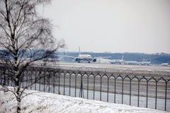 Εναέριοι διάδρομοι Boeing Etihad 777-300 a6-ETL στοκ εικόνα με δικαίωμα ελεύθερης χρήσης