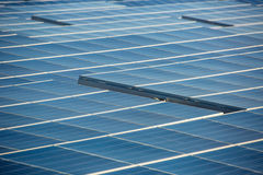 Εναέριοι ηλιακοί αγρόκτημα και στρόβιλοι στην έρημο της Καλιφόρνιας Στοκ φωτογραφίες με δικαίωμα ελεύθερης χρήσης
