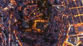 Εναέριοι φωτισμένοι άποψη δρόμοι και οδοί της Λισσαβώνας φιλμ μικρού μήκους