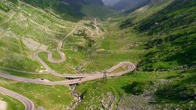 Εναέριος δρόμος βουνών Transfagaras άποψης, Ρουμανία, Τρανσυλβανία απόθεμα βίντεο