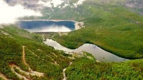 Εναέριος δρόμος μήκους σε πόδηα στη Νορβηγία Όμορφη φύση Νορβηγία Troll σκάλα φιλμ μικρού μήκους