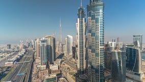Εναέριος ορίζοντας του επιχειρησιακού κόλπου του Ντουμπάι με τους ουρ απόθεμα βίντεο