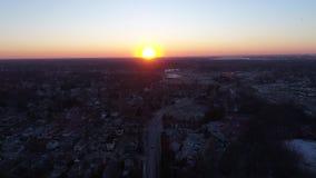 Εναέριος ποταμός του Ντελαγουέρ ηλιοβασιλέματος άποψης από την πόλη του Νιου Τζέρσεϋ απόθεμα βίντεο