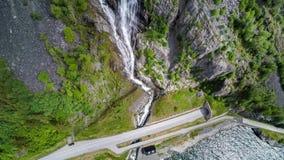 Εναέριος δρόμος μήκους σε πόδηα στην όμορφη φύση Νορβηγία της Νορβηγίας απόθεμα βίντεο