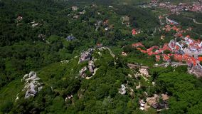 Εναέριο μήκος σε πόδηα Το Castle δένει, Sintra, Λισσαβώνα, Πορτογαλία φιλμ μικρού μήκους