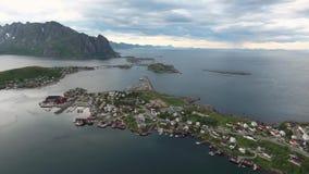 Εναέριο μήκος σε πόδηα νησιών αρχιπελαγών Lofoten απόθεμα βίντεο