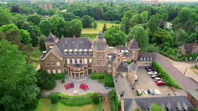 Εναέριο Ντίσελντορφ Γερμανία Schloss Garath, MCE υπηρεσίες επιχείρησης Petra Wenske απόθεμα βίντεο