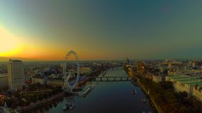 Εναέριο πανόραμα του κεντρικού Λονδίνου φιλμ μικρού μήκους