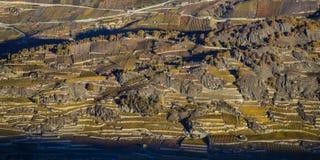 Εναέριο τοπίο της βόρεια πλευράς του ποταμού Ροδανού, που παρουσιάζει β στοκ εικόνες με δικαίωμα ελεύθερης χρήσης