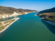Εναέριο φράγμα Kouris, Λεμεσός, Κύπρος στοκ εικόνα με δικαίωμα ελεύθερης χρήσης