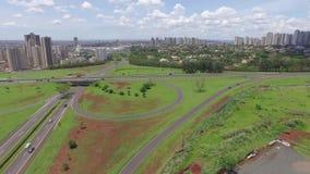 Εναέριο architeture άποψης σε Ribeirao Preto - το Σάο Πάολο - τη Βραζιλία Τον Αύγουστο του 2016 φιλμ μικρού μήκους