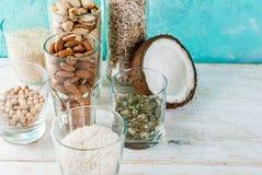 Εναλλακτικό μη γαλακτοκομικό γάλα Vegan στοκ φωτογραφία με δικαίωμα ελεύθερης χρήσης