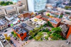 Ενδιαφέρων, μικροσκοπική diorama επίδραση που βλέπει από μια ψηλή πλεονεκτική θέση του κέντρου της πόλης του Τορόντου στοκ εικόνα με δικαίωμα ελεύθερης χρήσης