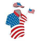 Ενδύματα ταξιδιού καθορισμένα: μπλούζα, καπέλο του μπέιζμπολ και σορτς στα χρώματα ΑΜΕΡΙΚΑΝΙΚΩΝ σημαιών Διανυσματική απεικόνιση σ Στοκ Εικόνες
