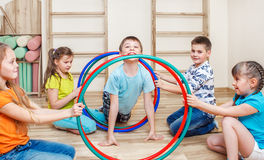 Ενεργά παιδιά στοκ φωτογραφία
