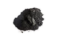 Ενεργοποιημένη σκόνη ξυλάνθρακα που πυροβολείται με το μακρο φακό Στοκ φωτογραφία με δικαίωμα ελεύθερης χρήσης