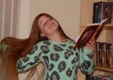 Ενεργούν κορίτσι Στοκ φωτογραφίες με δικαίωμα ελεύθερης χρήσης