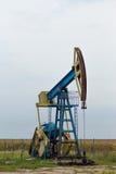Ενεργός εγκατάσταση γεώτρησης πετρελαίου και φυσικού αερίου Στοκ φωτογραφία με δικαίωμα ελεύθερης χρήσης