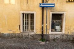 Ενετικό παράθυρο, πόρτα, αψίδα, αρχιτεκτονική από την Ιταλία στοκ εικόνες με δικαίωμα ελεύθερης χρήσης