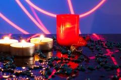 Ενιαία αναμμένα κεριά Νέο έτος κεριών Στοκ Εικόνες