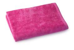 Ενιαία ρόδινη πετσέτα υφασμάτων που απομονώνεται Στοκ φωτογραφία με δικαίωμα ελεύθερης χρήσης