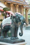 Ενιαίος ελέφαντας πετρών σε Wat Rajabopit Στοκ Εικόνες