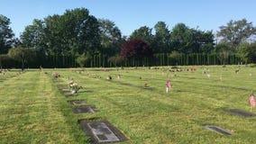 Ενιαίος τάφος με τη αμερικανική σημαία απόθεμα βίντεο