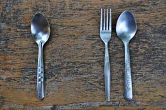 Ενιαίο και κουτάλι ζευγών με το δίκρανο Στοκ φωτογραφία με δικαίωμα ελεύθερης χρήσης