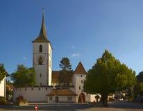Ενισχυμένη εκκλησία του ST Arbogast στο χωριό Muttenz Στοκ Φωτογραφία