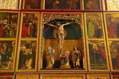 Ενισχυμένο εσωτερικό εκκλησιών - Crucifix στοκ εικόνες
