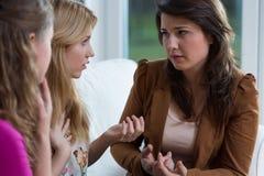 Ενισχυτικοί φίλοι κοριτσιών Στοκ Φωτογραφία