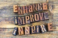 Ενισχύστε βελτιώνεται εμπνέει letterpress στοκ εικόνες