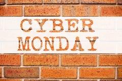 Εννοιολογική έμπνευση τίτλων κειμένων ανακοίνωσης που παρουσιάζει Δευτέρα Cyber Επιχειρησιακή έννοια για την έκπτωση λιανικών κατ Στοκ Εικόνες