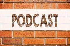 Εννοιολογική έμπνευση τίτλων κειμένων ανακοίνωσης που παρουσιάζει επιχειρησιακή έννοια Podcast για την έννοια ραδιοφωνικής αναμετ Στοκ εικόνα με δικαίωμα ελεύθερης χρήσης