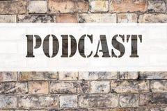 Εννοιολογική έμπνευση τίτλων κειμένων ανακοίνωσης που παρουσιάζει επιχειρησιακή έννοια Podcast για την έννοια ραδιοφωνικής αναμετ Στοκ Εικόνα