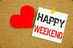 Εννοιολογική έμπνευση τίτλων κειμένων γραψίματος χεριών που παρουσιάζει την ευτυχή έννοια Σαββατοκύριακου για τον εορτασμό ημέρας Στοκ Εικόνα
