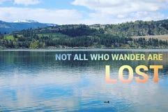 Εννοιολογικό τοπίο λιμνών με την πάπια στο νερό ελεύθερη απεικόνιση δικαιώματος