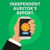 Εννοιολογικό χέρι που γράφει παρουσιάζοντας ανεξάρτητη έκθεση IS ελεγκτών s Το κείμενο επιχειρησιακών φωτογραφιών αναλύει τη λογι απεικόνιση αποθεμάτων
