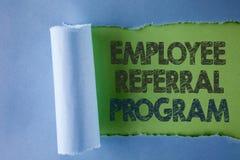 Εννοιολογικό χέρι που γράφει παρουσιάζοντας πρόγραμμα παραπομπής υπαλλήλων Η εργασία στρατηγικής κειμένων επιχειρησιακών φωτογραφ Στοκ Εικόνες