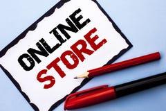 Εννοιολογικό χέρι που γράφει παρουσιάζοντας σε απευθείας σύνδεση κατάστημα Σχετικός με το Διαδίκτυο επιχειρησιακός ιστοχώρος κειμ Στοκ εικόνες με δικαίωμα ελεύθερης χρήσης