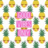 Εννοιολογικά καλά vibes φράσης μόνο στο άνευ ραφής σχέδιο με τους ανανάδες απεικόνιση αποθεμάτων