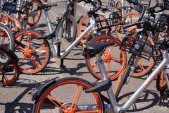 Ενοίκιο Βερολίνο ποδηλάτων Mobike Στοκ Φωτογραφίες