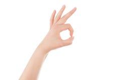 Εντάξει σημάδι χεριών γυναικών. Στοκ εικόνες με δικαίωμα ελεύθερης χρήσης