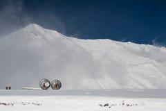 Εντοπιστές στο διαγώνιο πέρασμα το χειμώνα Στοκ Εικόνες
